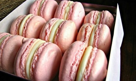 Macarons with White Chocolate Peppermint Ganache…
