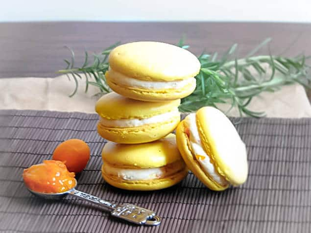 Macarons filled with a kumquat and rosemary cream