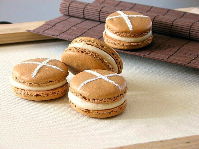French macarons with a hot cross bun spice flavor to them