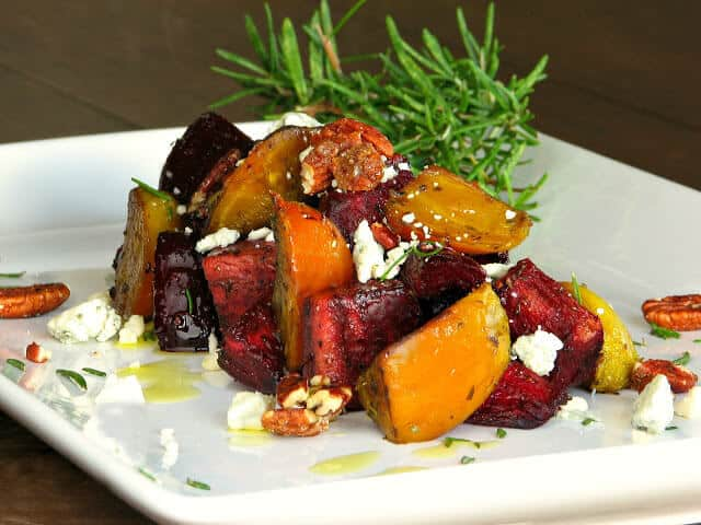 Roasted beets with Roquefort cheese