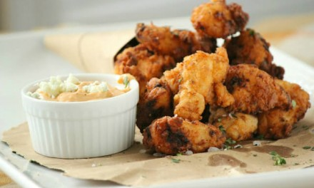 Fried Chicken Nuggets with Blue Cheese Dip