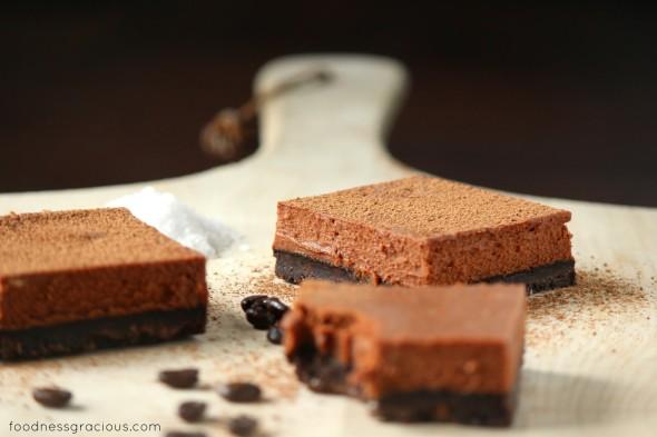 Creamy cheesecake bars with chocolate and espresso