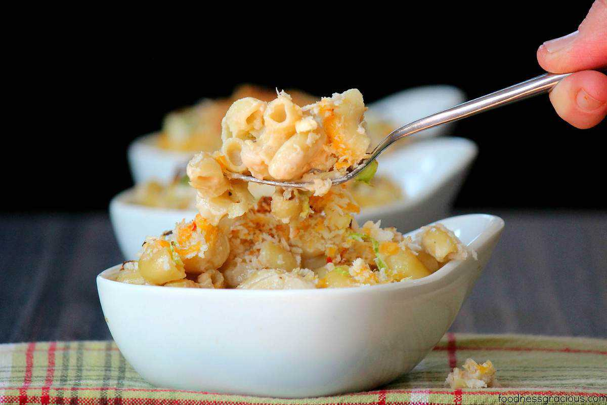 Everyone loves a good Macaroni and Cheese but this one is cooked in a Guinness cream sauce!