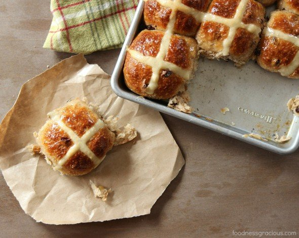 Traditional hot cross Easter buns