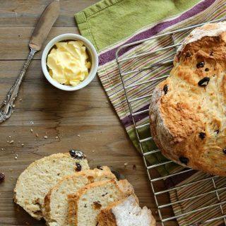 Traditional Easy Irish Soda Bread