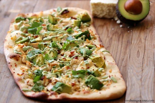 Avocado and chicken flatbread pizza