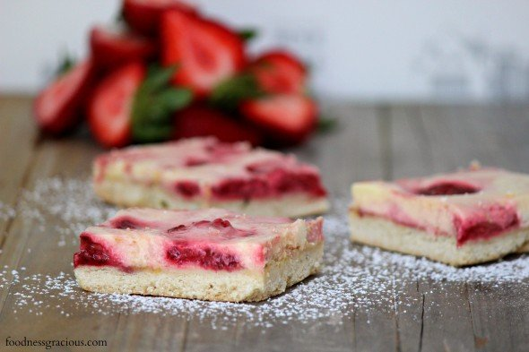 Strawberry goat cheese bars