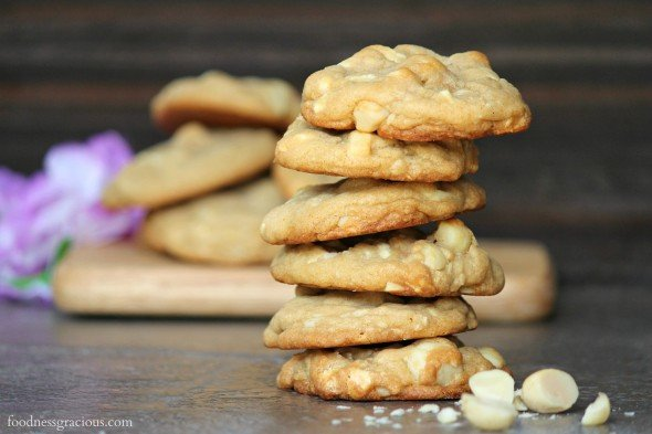 White chocolate cookies with macadamia nuts