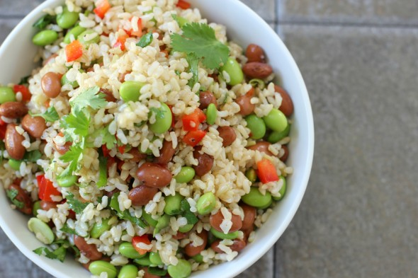 Edamame salad with rice and pinto beans