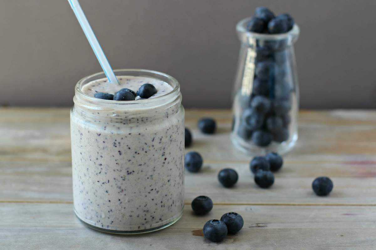 Fresh Wild Blueberry Smoothie