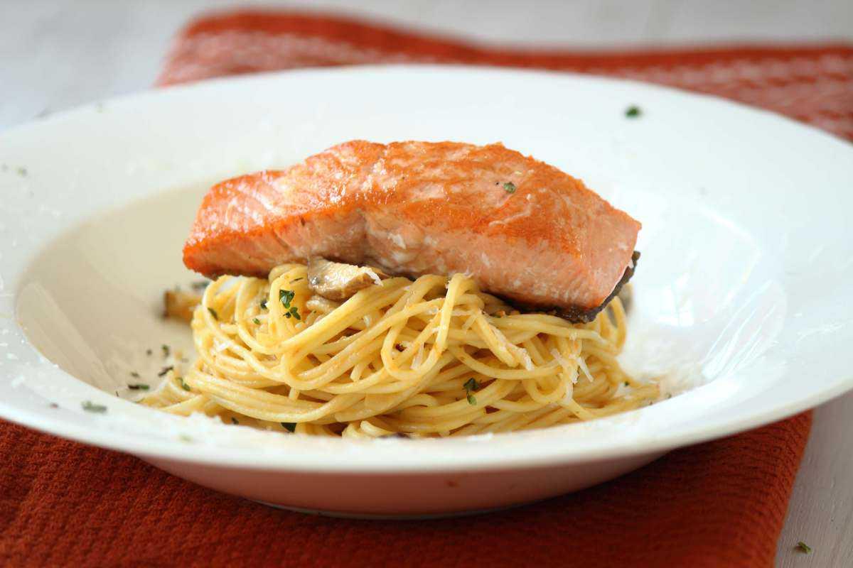Salmon mushroom pasta recipes