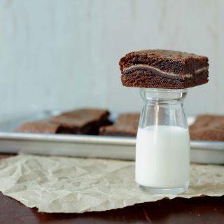 peppermint brownies 048
