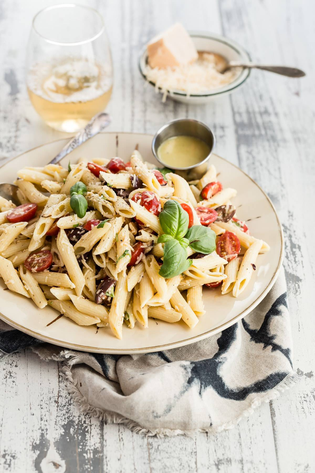 Penne Comodoro pasta salad with basil and tomatoes