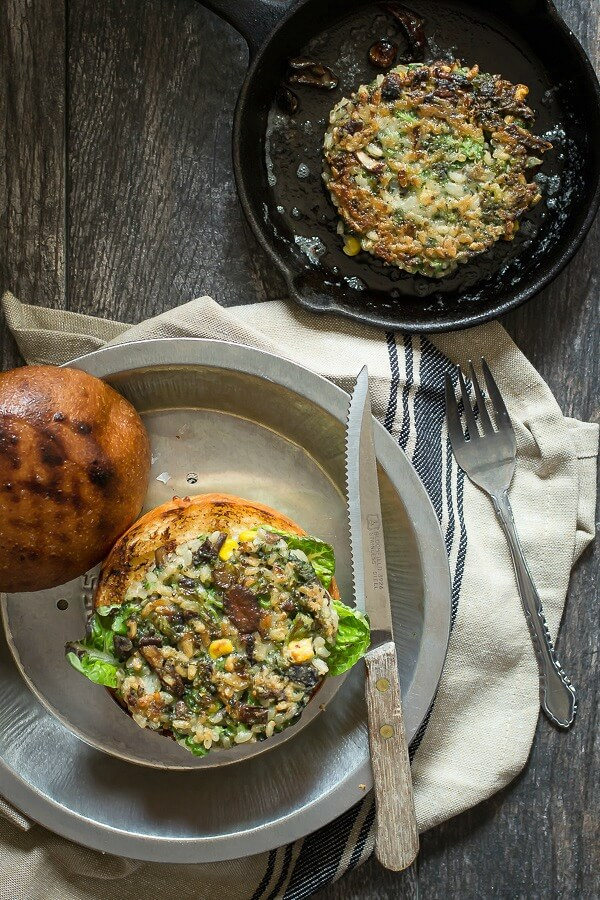 Broccoli Veggie Burger with Brown Rice and Mushrooms