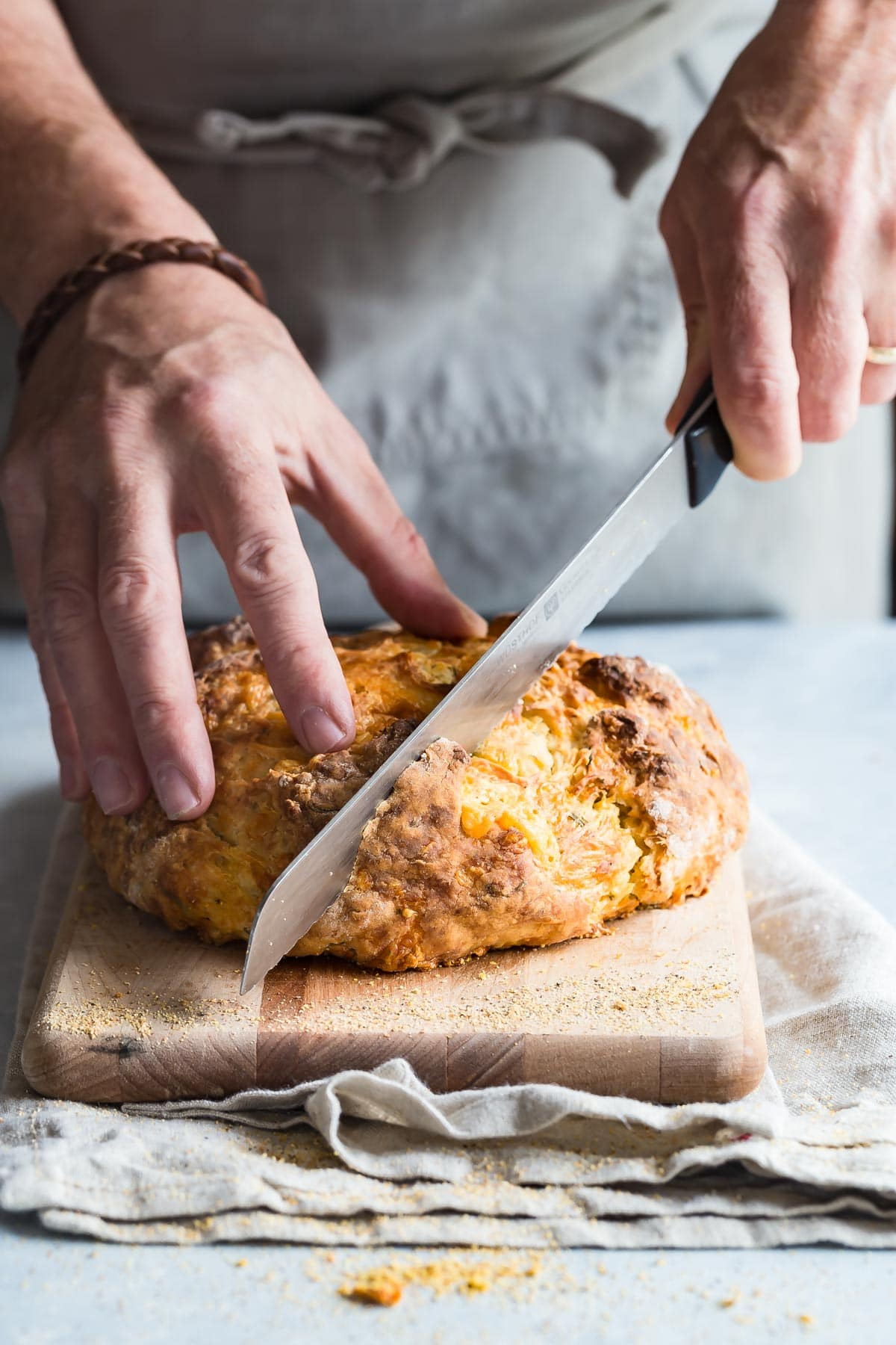 Cutting Irish soda bread into slices