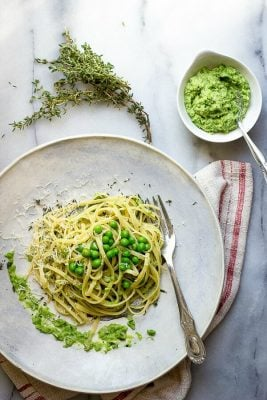 Sweet peas pureed with linguine with Parmesan