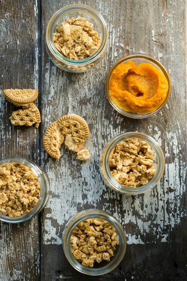 Pumpkin pudding with crunchy cookie crumbs