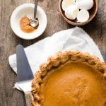 Creamy pumpkin pie with cloves, cinnamon and nutmeg