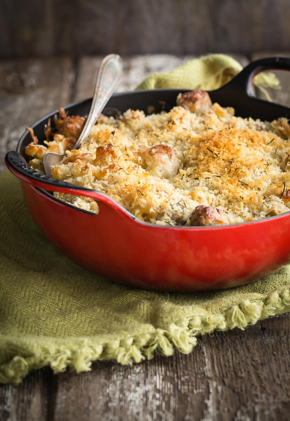 Creamy Macaroni Cheese mixed with chunks of chicken apple sausage and sliced fennel. Just when you thought mac and cheese couldn't get any better, it totally did!
