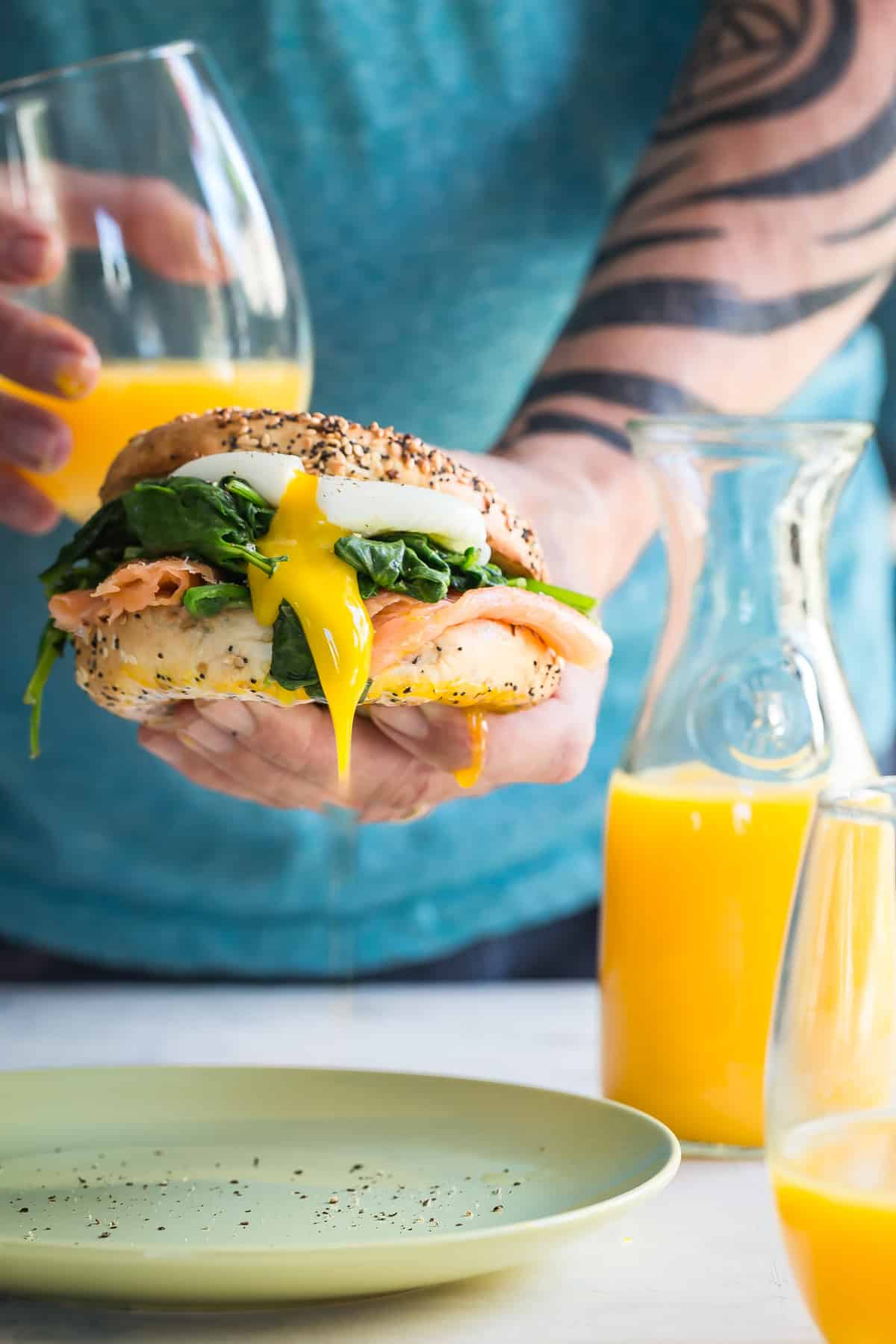 Gorgeous soft yolk on this Eggs Florentine bagel for brunch!