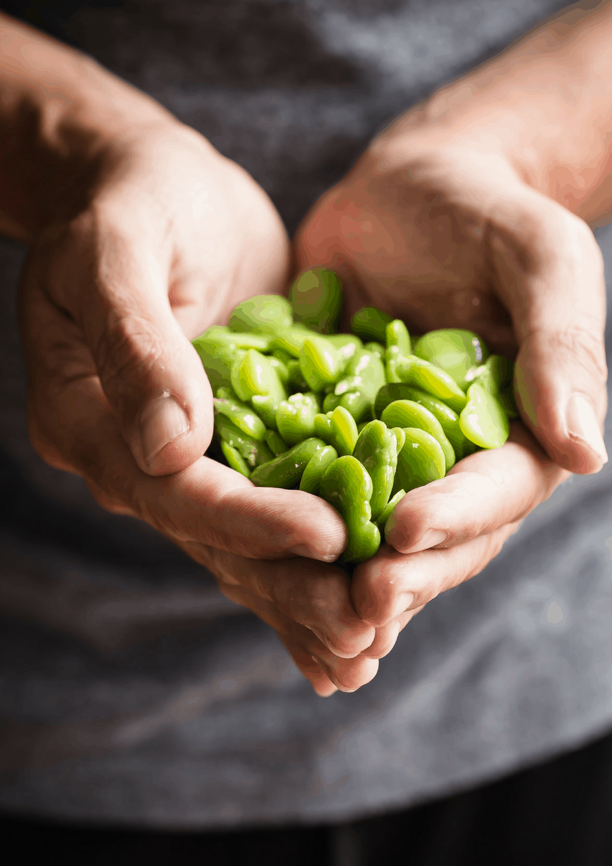 Edamame beans make a great snack to shut down hunger pangs!