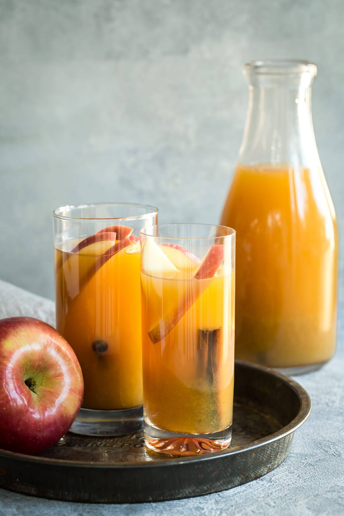 Homemade Spiced Apple Cider - Foodness Gracious