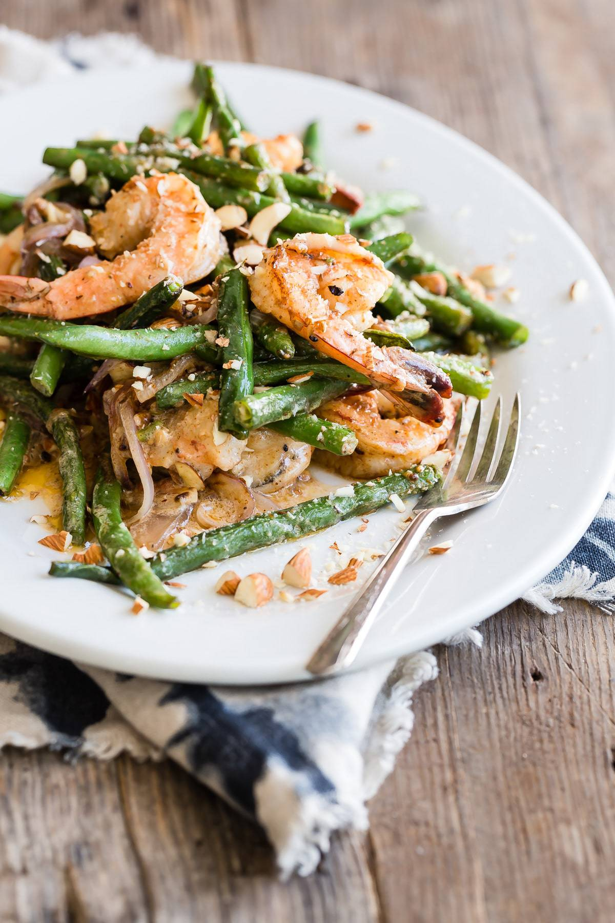 Spicy shrimp with green beans