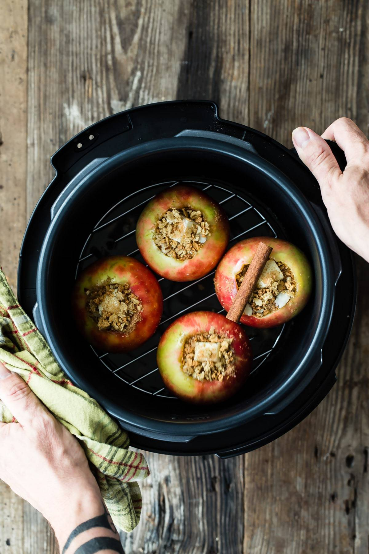 baked apples in the pressure cooker