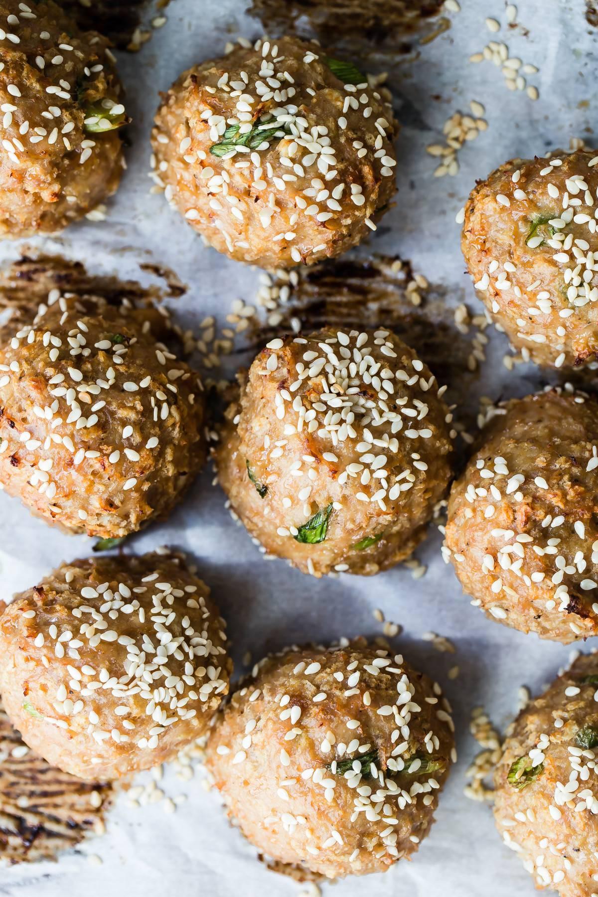 asian turkey meatballs with sesame seeds