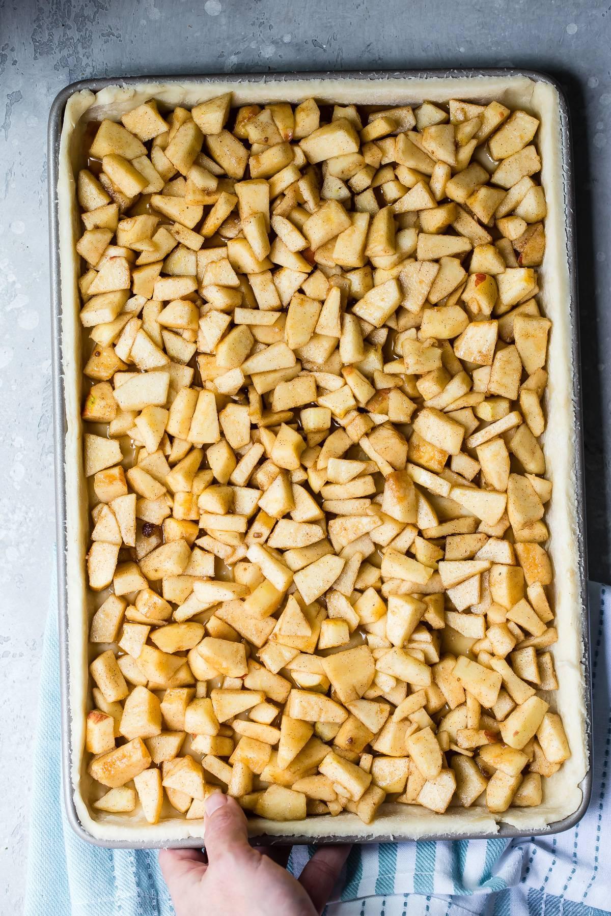 Apples in pie crust
