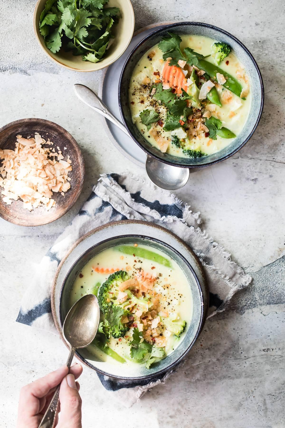thai curry veggie bowl