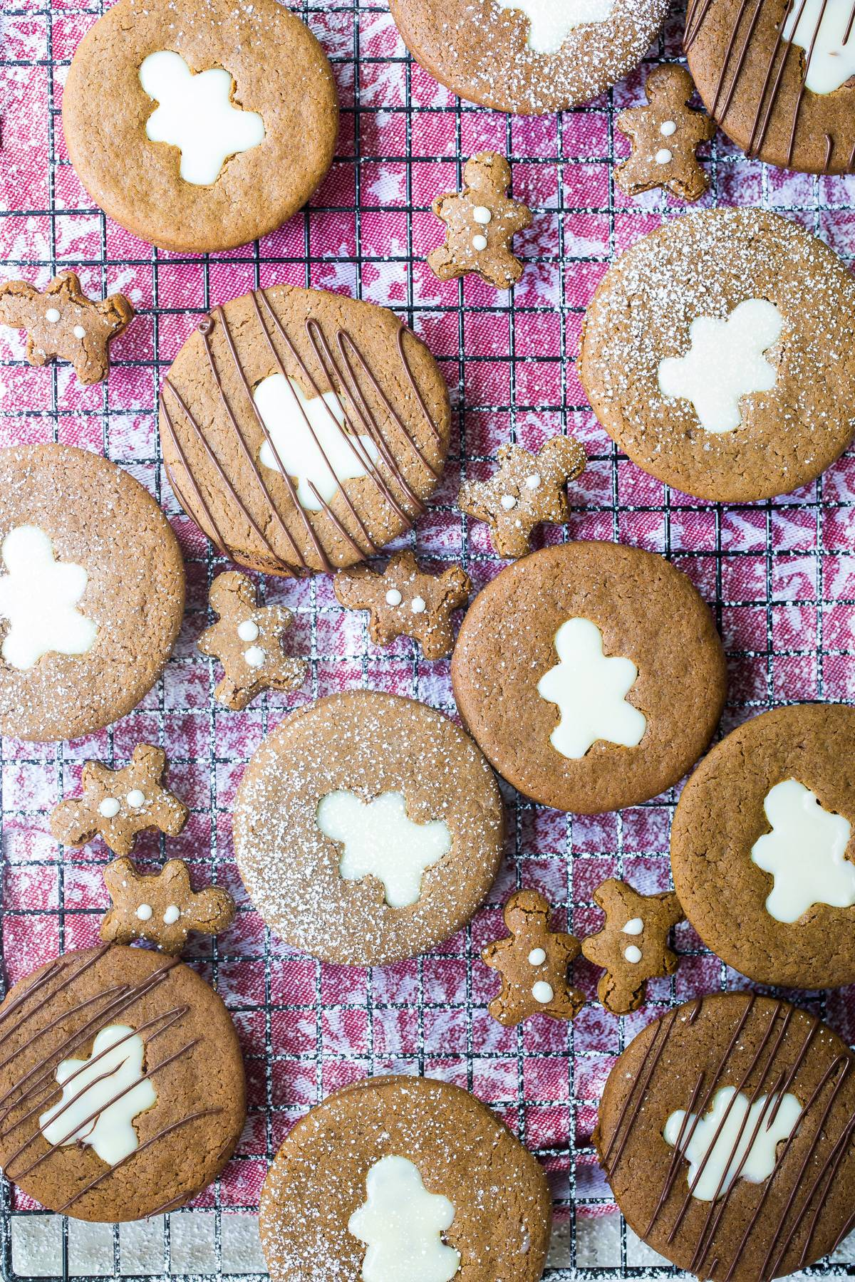 Linzer cookies with white chocolate ganache