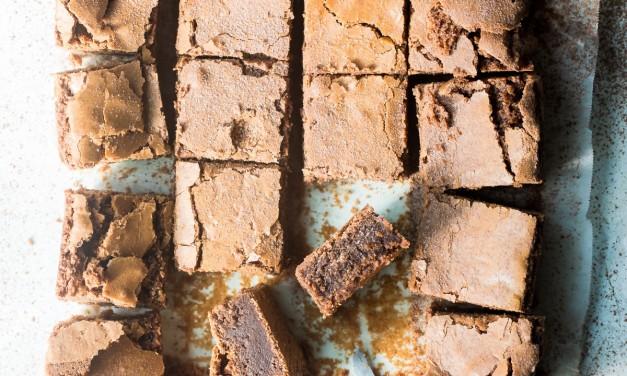 Easy Fudge Style Chocolate Brownies