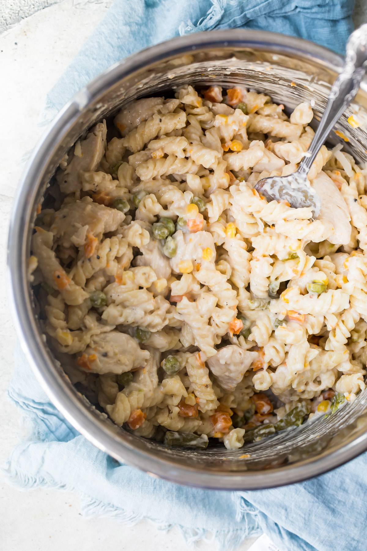 instant pot pasta chicken in a pot