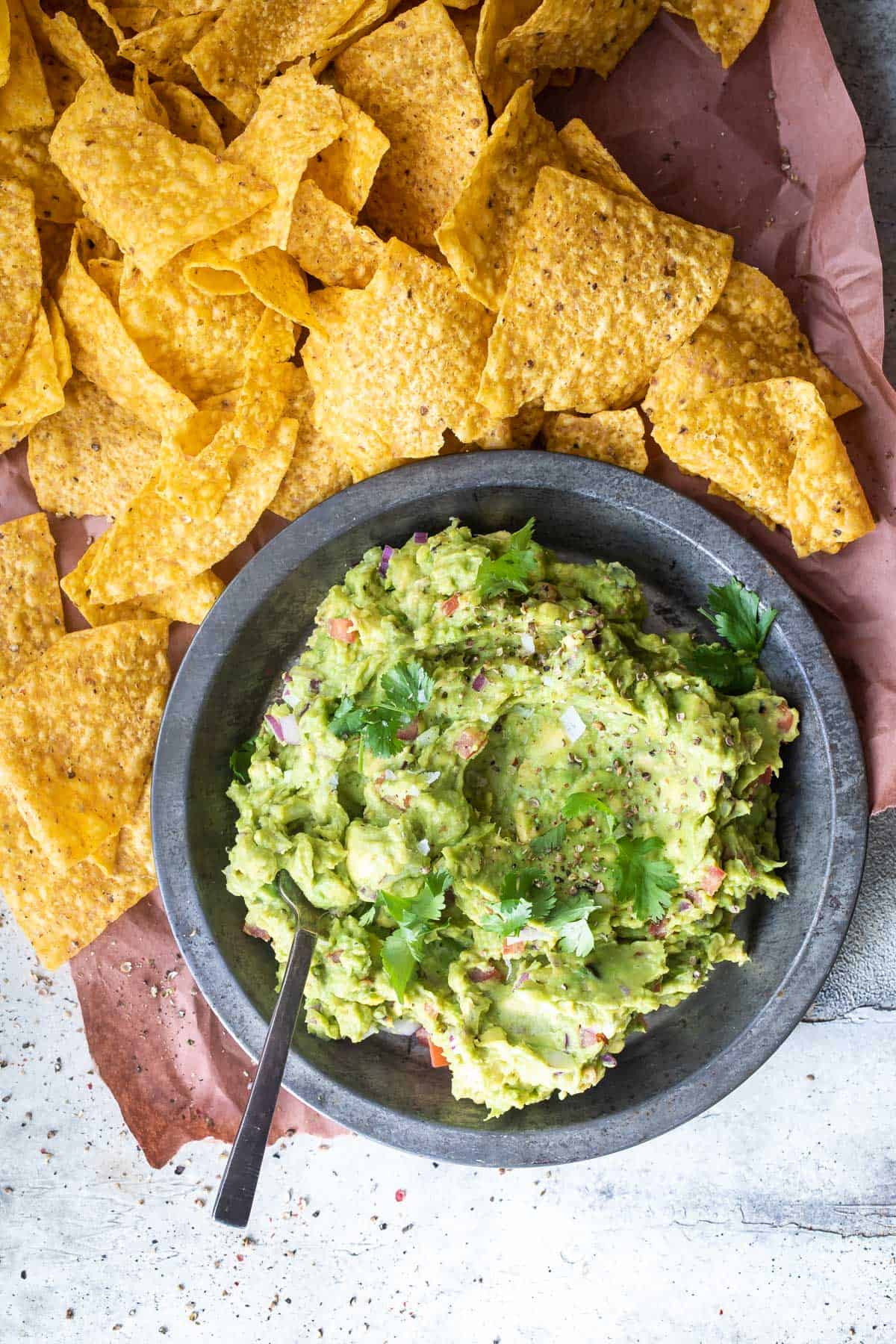 grilled avocado guacamole with chips