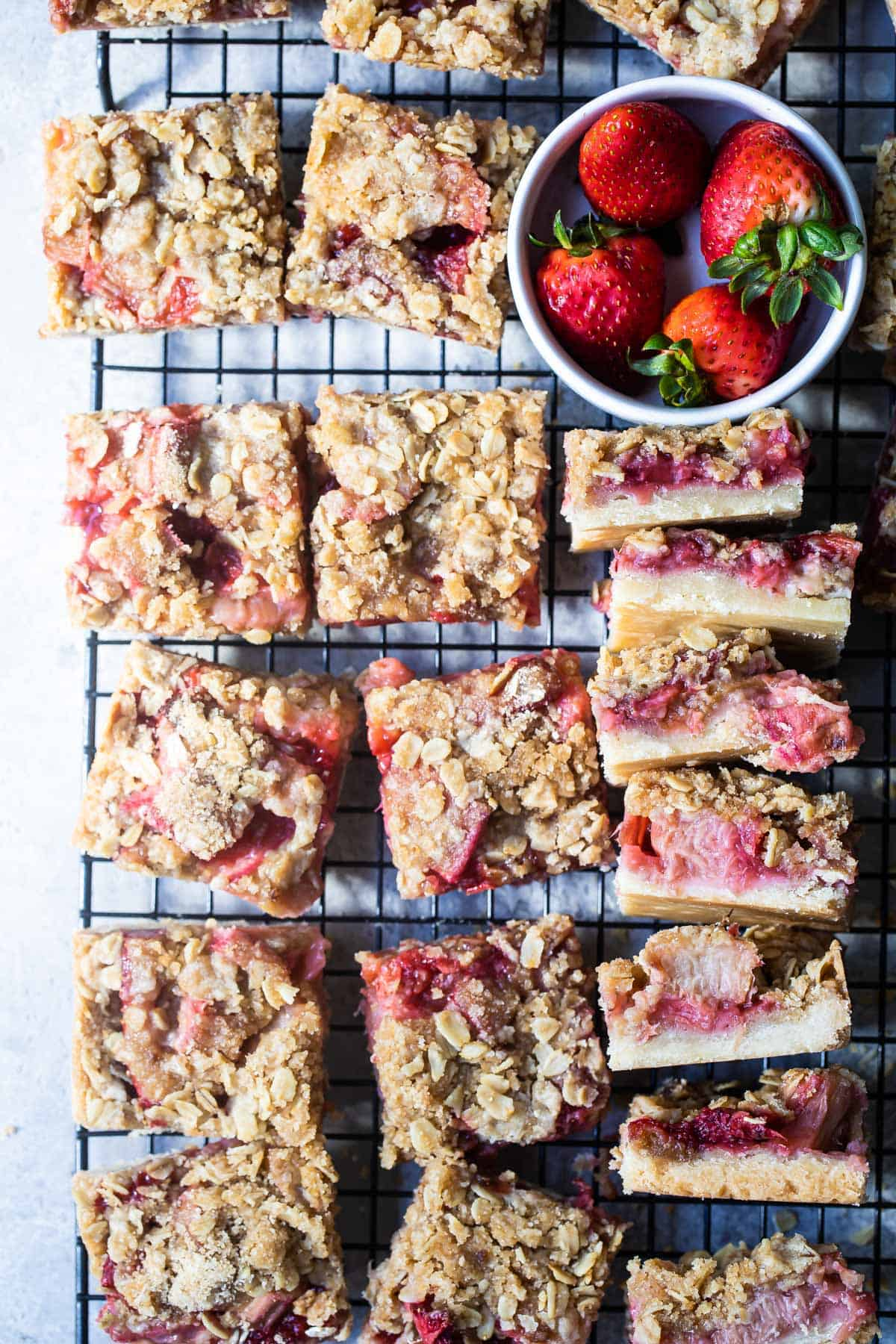 close up picture of strawberry rhubarb oat bars