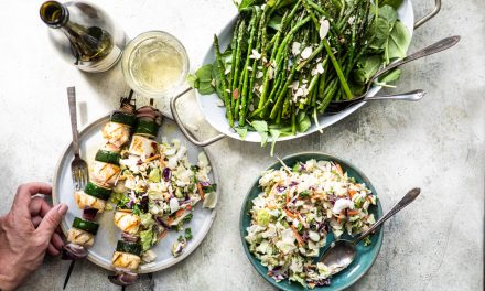 Grilled Scallop Kebabs with Zucchini and Red Onion