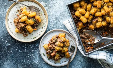 easy cottage pie recipe with Crispy Tater Tots