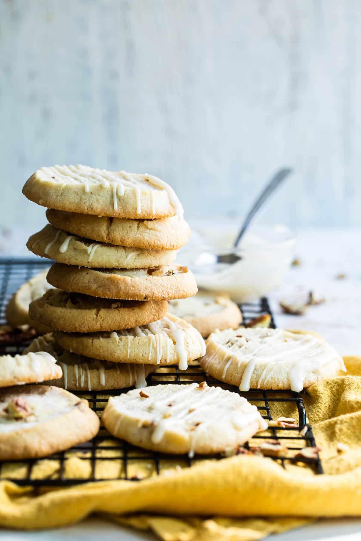 a stack of pecan shortbread cookies