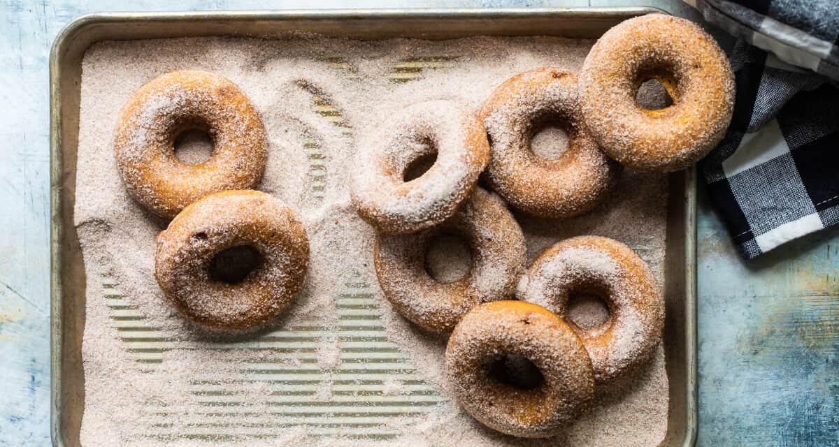 Baked Pumpkin Sugar Doughnuts